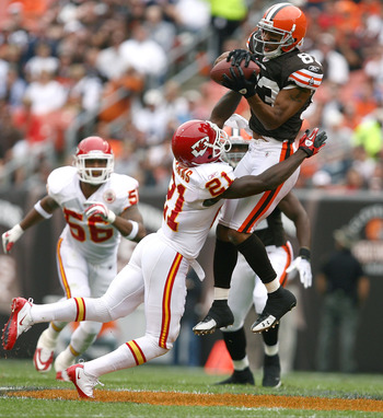 CLEVELAND - SEPTEMBER 19:  Wide receiver Chansi Stuckey #83 of the Cleveland Browns goes up for a catch over cornerback Javier Arenas #21 of the Kansas City Chiefs at Cleveland Browns Stadium on September 19, 2010 in Cleveland, Ohio.  (Photo by Matt Sulli