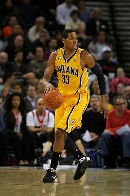 OAKLAND, CA - NOVEMBER 30:  Danny Granger #33 of the Indiana Pacers in action during their game against the Golden State Warriors at Oracle Arena on November 30, 2009 in Oakland, California. NOTE TO USER: User expressly acknowledges and agrees that, by do