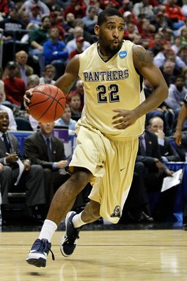 MILWAUKEE - MARCH 21:  Brad Wanamaker #22 of the Pittsburgh Panthers moves the ball against the Xavier Musketeers during the second round of the 2010 NCAA men's basketball tournament at the Bradley Center on March 21, 2010 in Milwaukee, Wisconsin.  (Photo