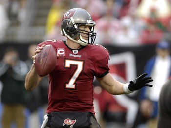 TAMPA, FL - NOVEMBER 30: Quarterback Jeff Garcia #7 of the Tampa Bay Buccaneers sets to pass against the New Orleans Saints at Raymond James Stadium on November 30, 2008 in Tampa, Florida.  (Photo by Al Messerschmidt/Getty Images)