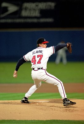28 Oct 1995: Tom Glavine #47 of the Atlanta Braves pitches the ball during  game six of the World Series against the Cleveland Indians  at the Fulton County Stadium in Atlanta, Georgia. The Braves defeated the Indians 1-0. Mandatory Credit: Rick Stewart