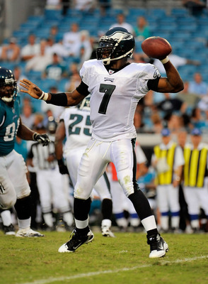 JACKSONVILLE, FL - SEPTEMBER 26:  Quarterback Michael Vick #7 of the Philadelphia Eagles throws a pass against the Jacksonville Jaguars at EverBank Field on September 26, 2010 in Jacksonville, Florida. The Eagles defeated the Jaguars 28-3.  (Photo by Doug
