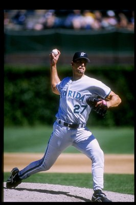 28 Aug 1997: Pitcher Kevin Brown of the Florida Marlins throws the ball during a game against the Chicago Cubs at Wrigley Field in Chicago, Illinois. The Cubs won the game, 4-3.