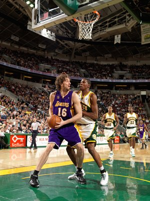 SEATTLE - FEBRUARY 24:  Pau Gasol #16 of the Los Angeles Lakers looks to pass over Kevin Durant #35 of the Seattle SuperSonics during the game on February 24, 2008 at Key Arena in Seattle, Washington.  The Lakers won 111-91.  NOTE TO USER: User expressly