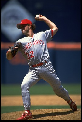 24 JUN 1993:  CINCINNATI REDS PITCHER TOM BROWNING WINDS UP TO PITCH DURING THE REDS VERSUS SAN DIEGO PADRES GAME AT JACK MURPHY STADIUM IN SAN DIEGO, CALIFORNIA.  MANDATORY CREDIT:  STEPHEN DUNN/ALLSPORT