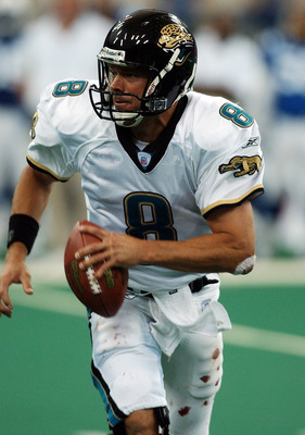 INDIANAPOLIS - SEPTEMBER 21:  Quarterback Mark Brunell #8 of the Jacksonville Jaguars scrambles with the ball against the Indianapolis Colts at the RCA Dome on September 21, 2003 in Indianapolis, Indiana. The Colts defeated the Jaguars 23-13. (Photo by Jo