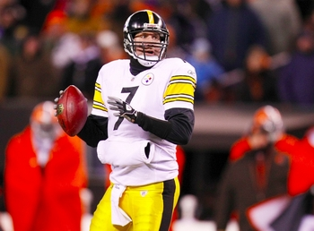 CLEVELAND - DECEMBER 10: Quarterback Ben Roethlisberger #7 of the Pittsburgh Steelers throws a pass against the Cleveland Browns at Cleveland Browns Stadium on December 10, 2009 in Cleveland, Ohio. (Photo by Gregory Shamus/Getty Images)