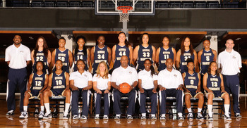 2010-11wbbteamphoto_display_image