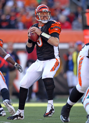CINCINNATI - OCTOBER 31:  Carson Palmer #9 of  the Cincinnati Bengals throws a pass during the NFL game against the Miami Dolphins at Paul Brown Stadium on October 31, 2010 in Cincinnati, Ohio.  (Photo by Andy Lyons/Getty Images)