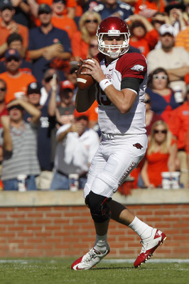AUBURN, AL - OCTOBER 16:  Quarterback Ryan Mallett #15 of the Arkansas Razorbacks drops back and looks downfield for receiver during the game against the Auburn Tigers at Jordan-Hare Stadium on October 16, 2010 in Auburn, Alabama.  The Tigers beat the Raz