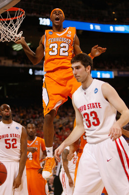 ST. LOUIS - MARCH 26: Scotty Hopson #32 of the Tennessee Volunteers celebrates a basket against the Ohio State Buckeyes during the midwest regional semifinal of the 2010 NCAA men's basketball tournament at the Edward Jones Dome on March 26, 2010 in St. Lo