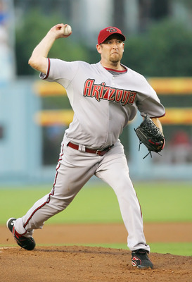 LOS ANGELES - JULY 31:  Brandon Webb #17 of the Arizona Diamondbacks pitches against the Los Angeles Dodgers at Dodger Stadium on July 31, 2008 in Los Angeles, California.  (Photo by Lisa Blumenfeld/Getty Images)