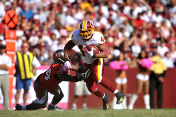 LANDOVER, MD - OCTOBER 4:  Ladell Betts #46 of the Washington Redskins runs the ball against the Tampa Bay Buccaneers at FedExField on October 4, 2009 in Landover, Maryland. The Redskins defeated the Buccaneers 16-13. (Photo by Larry French/Getty Images)
