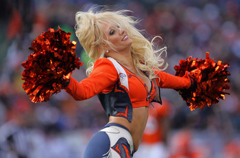 DENVER - NOVEMBER 14:  A member of the Denver Bronco cheerleaders performs during a break in the action against the Kansas City Chiefs at INVESCO Field at Mile High on November 14, 2010 in Denver, Colorado.  (Photo by Doug Pensinger/Getty Images)