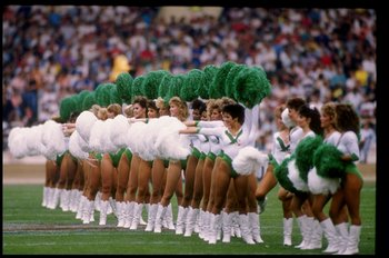 1989:  General view of cheerleaders during a game between the Philadelphia Eagles and the Cleveland Browns during the American Bowl in London, England.  The Eagles won the game 17-13. Mandatory Credit: Allsport  /Allsport