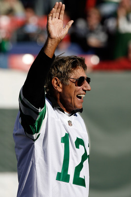 EAST RUTHERFORD, NJ - OCTOBER 26:  Former Jets quarterback is introduced during halftime festivities celebrating the 40th anniversary of the Jets' win over the Colts in Super Bowl III during the game between the Kansas City Chiefs and the New York Jets on