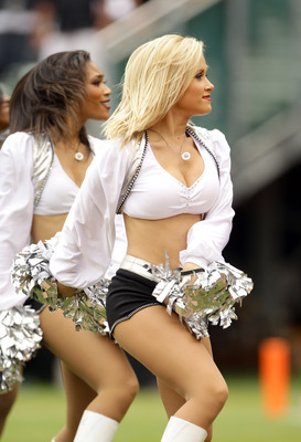 OAKLAND, CA - SEPTEMBER 19:  The Oakland Raiders Raiderettes in action during their game against the St. Louis Rams at the Oakland-Alameda County Coliseum on September 19, 2010 in Oakland, California.  (Photo by Ezra Shaw/Getty Images)