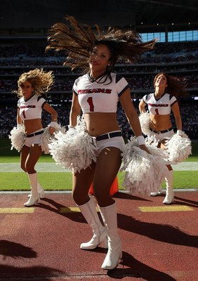 HOUSTON - NOVEMBER 09:  A Houston Texans cheerleader performs during a game against the Baltimore Ravens at Reliant Stadium on November 9, 2008 in Houston, Texas.  (Photo by Ronald Martinez/Getty Images)