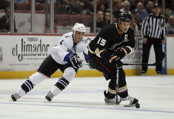 ANAHEIM, CA - NOVEMBER 03:  Ryan Getzlaf #15 of the Anaheim Ducks is pursued by Vincent Lecavalier #4 of the Tampa Bay Lightning in the second period at the Honda Center on November 3, 2010 in Anaheim, California.  (Photo by Jeff Gross/Getty Images)
