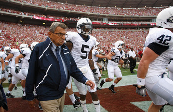 Joe Paterno seeks his 400th career victory