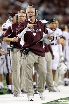 ARLINGTON, TX - OCTOBER 03:  Head coach Mike Sherman of the Texas A&amp;M Aggies at Cowboys Stadium on October 3, 2009 in Arlington, Texas.  (Photo by Ronald Martinez/Getty Images)