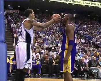 Barnes-kobe-ball_display_image