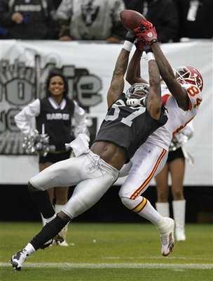 Chiefs_raiders_football_sff_74591_team_display_image