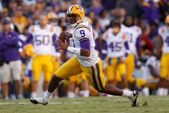 BATON ROUGE, LA - NOVEMBER 06:  Quarterback Jordan Jefferson #9 of the Louisiana State University Tigers looks to throw the ball against the Alabama Crimson Tide at Tiger Stadium on November 6, 2010 in Baton Rouge, Louisiana. The Tigers defeated the Crims