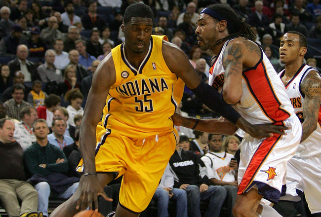 OAKLAND, CA - NOVEMBER 30:  Roy Hibbert #55 of the Indiana Pacers in action during their game against the Golden State Warriors at Oracle Arena on November 30, 2009 in Oakland, California. NOTE TO USER: User expressly acknowledges and agrees that, by down
