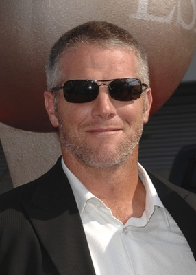 Brett-favre-traded-to-the-jets_display_image