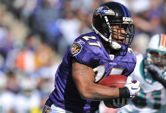 BALTIMORE, MD - NOVEMBER 7:  Ray Rice #27 of the Baltimore Ravens runs the ball against the Miami Dolphins at M&T Bank Stadium on November 7, 2010 in Baltimore, Maryland. The Ravens defeated the Dolphins 26-10. (Photo by Larry French/Getty Images)