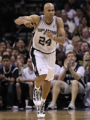 SAN ANTONIO - MAY 09:  Forward Richard Jefferson #24 of the San Antonio Spurs in Game Four of the Western Conference Semifinals during the 2010 NBA Playoffs at AT&T Center on May 9, 2010 in San Antonio, Texas. NOTE TO USER: User expressly acknowledges and