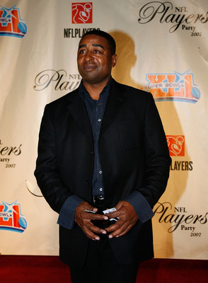 MIAMI - FEBRUARY 2:  Former NFL player Cris Carter arrives for the 2007 NFL Players Party hosted by The NFL Players Association and PLAYERS INC during Super Bowl XLI weekend February 2, 2007 at the American Airlines Arena in Miami, Florida. (Photo by Tom