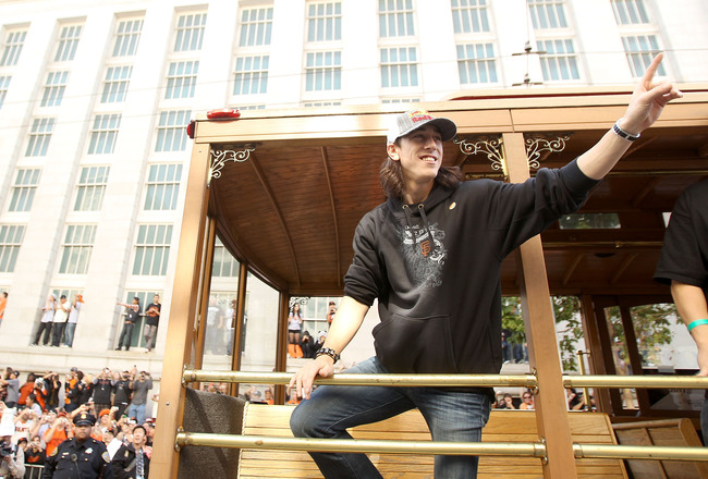 SAN FRANCISCO - NOVEMBER 03:  Tim Lincecum of the San Francisco Giants waves to the crowd during the San Francisco Giants victory parade on November 3, 2010 in San Francisco, California.  (Photo by Ezra Shaw/Getty Images)