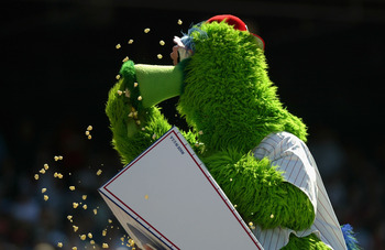 PHILADELPHIA - MAY 6:  The Philly Phanatic muches on some popcorn as the St Louis Cardinals defeated the Philadelphia Phillies 7-4 during MLB action at the Citizens Bank Park on May 6, 2004 in Philadelphia, Pennsylvania. (Photo by Doug Pensinger/Getty Ima