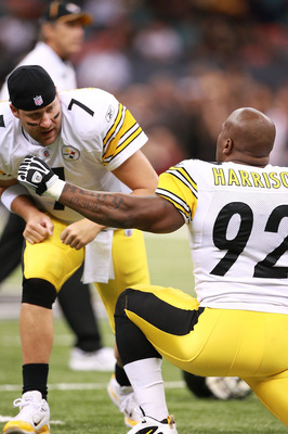 NEW ORLEANS - OCTOBER 31:  Ben Roethlisberger #7 and James Harrison #92 of the Pittsburgh Steelers warm up before their game against the New Orleans Saints at Louisiana Superdome on October 31, 2010 in New Orleans, Louisiana.  (Photo by Karl Walter/Getty