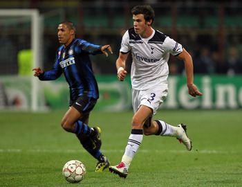 MILAN, ITALY - OCTOBER 20:  Gareth Bale of Tottenham Hotspur in action during the UEFA Champions League Group A match between FC Internazionale Milano and Tottenham Hotspur at the Stadio Giuseppe Meazza on October 20, 2010 in Milan, Italy.  (Photo by Cliv