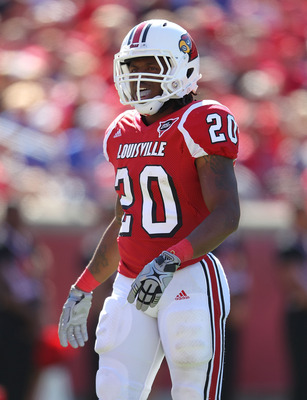 LOUISVILLE, KY - SEPTEMBER 04:  Victor Anderson #20 of the Louisville Cardinals runs with the ball during the game against the Kentucky Wildcats at Papa John's Cardinal Stadium on September 4, 2010 in Louisville, Kentucky.  (Photo by Andy Lyons/Getty Imag