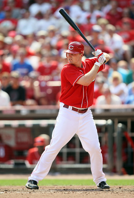 CINCINNATI - AUGUST 29:  Jay Bruce #32 of the Cincinnati Reds is at bat during the game against the Chicago Cubs at Great American Ball Park on August 29, 2010 in Cincinnati, Ohio.  (Photo by Andy Lyons/Getty Images)