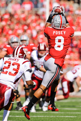COLUMBUS, OH - OCTOBER 9:  DeVier Posey #8 of the Ohio State Buckeyes catches a pass against the Indiana Hoosiers at Ohio Stadium on October 9, 2010 in Columbus, Ohio.  (Photo by Jamie Sabau/Getty Images)