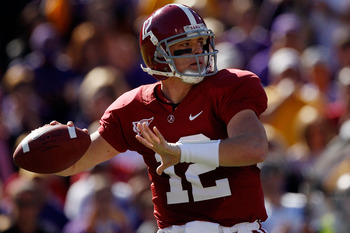 BATON ROUGE, LA - NOVEMBER 06:  Quarterback Greg McElroy #12 of the Alabama Crimson Tide throws a pass against the Louisiana State University Tigers at Tiger Stadium on November 6, 2010 in Baton Rouge, Louisiana.  (Photo by Chris Graythen/Getty Images)