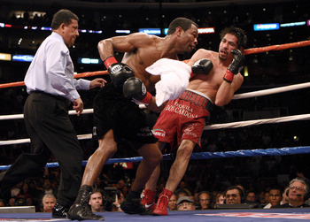 Antonio Margarito (right) during a loss to Shane Mosley.