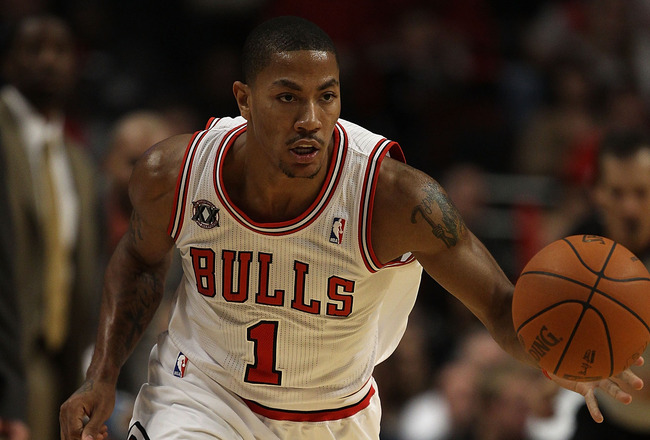 CHICAGO - NOVEMBER 01: Derrick Rose #1 of the Chicago Bulls moves up the court against the Portland Trail Blazers at the United Center on November 1, 2010 in Chicago, Illinois. The Bulls defeated the Trail Blazers 110-98. NOTE TO USER: User expressly ackn