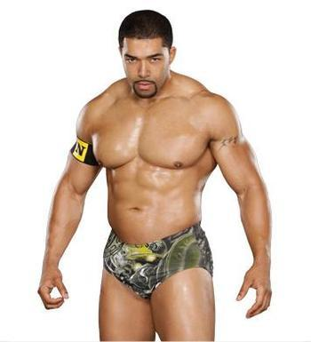You know it's really hard to find a David Otunga picture where he's not with his wife. Says all you need to know really