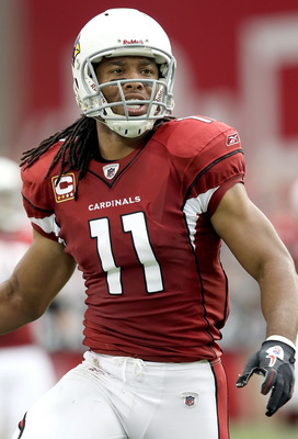 GLENDALE, AZ - SEPTEMBER 26:  Wide receiver Larry Fitzgerald #11 of the Arizona Cardinals during the NFL game against the Oakland Raiders at the University of Phoenix Stadium on September 26, 2010 in Glendale, Arizona.  The Cardinals defeated the Raiders