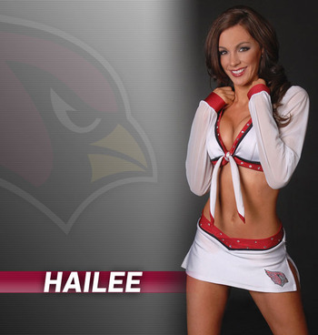 19cardinals-hailee_display_image