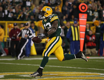 GREEN BAY, WI - NOVEMBER 07: Brandon Jackson #32 of the Green Bay Packers scores a touchdown against the Dallas Cowboys at Lambeau Field on November 7, 2010 in Green Bay, Wisconsin. The Packers defeated the Cowboys 45-7. (Photo by Jonathan Daniel/Getty Im