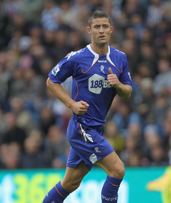WEST BROMWICH, ENGLAND - OCTOBER 02:  Gary Cahill of Bolton in action during the Barclays Premier League match between West Bromwich Albion and Bolton Wanderers at The Hawthorns on October 2, 2010 in West Bromwich, England.  (Photo by Hamish Blair/Getty I