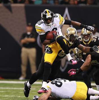 NEW ORLEANS - OCTOBER 31:  Emmanuel Sanders #88 of the Pittsburgh Steelers breaks a tackle during a kickoff return against the New Orleans Saints at Louisiana Superdome on October 31, 2010 in New Orleans, Louisiana.  The Saints won 20-10 over the Steelers