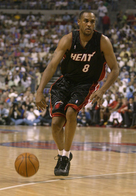AUBURN HILLS, MI - JUNE 4:  Steve Smith #8 of the Miami Heat drives against the Detroit Pistons in Game Six of the Eastern Conference Finals during the 2005 NBA Playoffs June 4, 2005 at the Palace At Auburn Hills in Auburn Hills, Michigan. The Pistons won